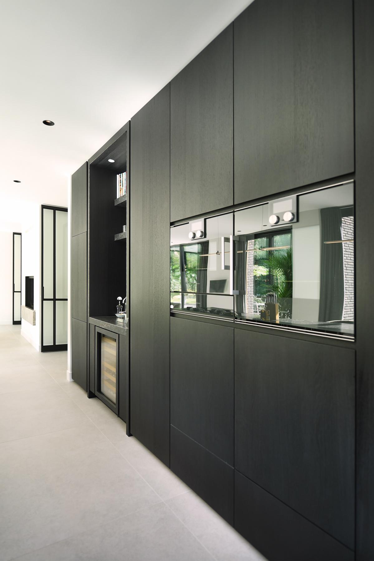 Modern herenhuis met aansprekende architectuur (26)